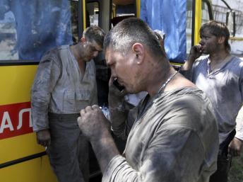 На шахте в Донецке остановился вентилятор, 105 горняков выводят на поверхность