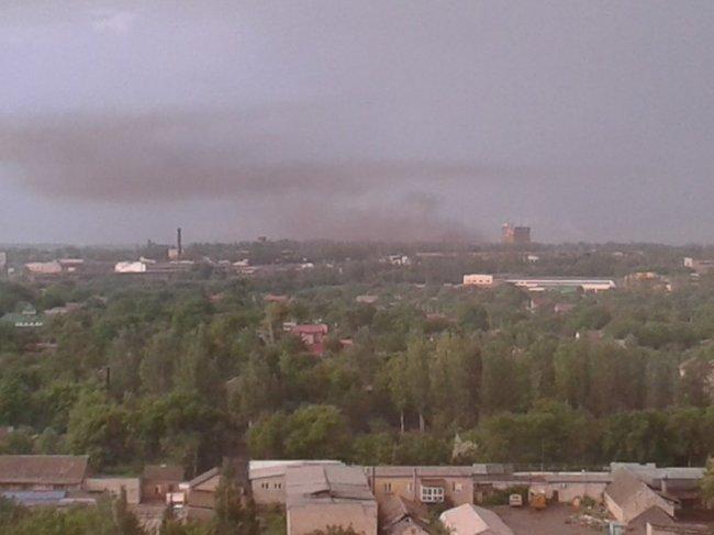 Районы Донецка подверглись мощному обстрелу