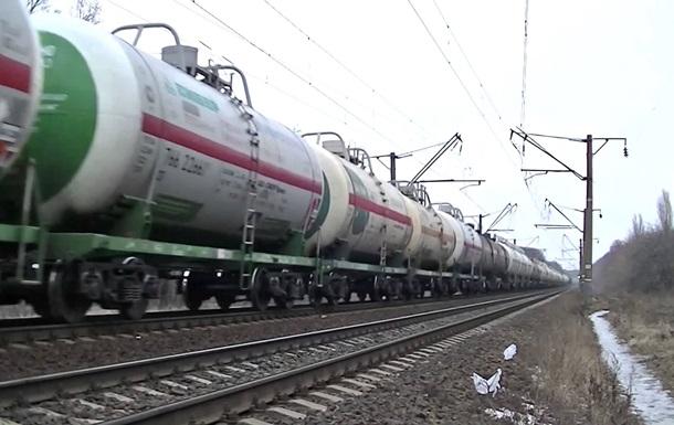 Укрзализныця заявляет о возможной остановке всех поездов