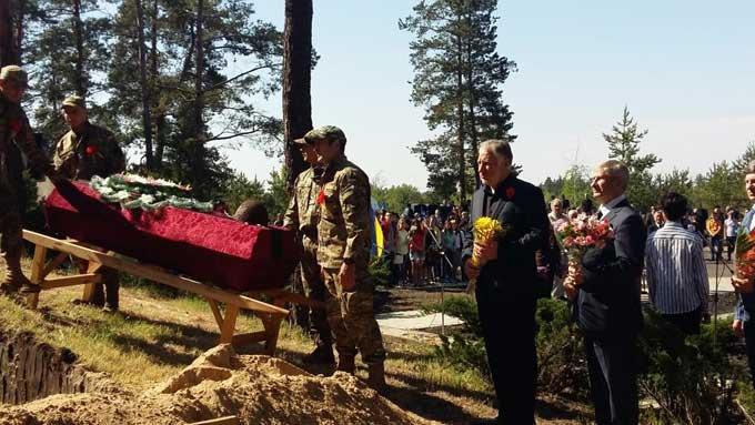 В Лимане перезахоронили останки 23 воинов, погибших в годы Второй мировой войны