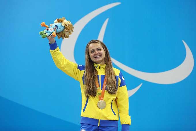 Аня Стеценко - трехкратная олимпийская чемпионка Паралимпийских игр в Рио-де-Жанейро