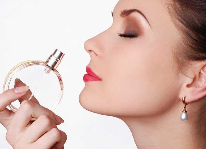 Выбор женского парфюма: 4 причины не гнаться за модой