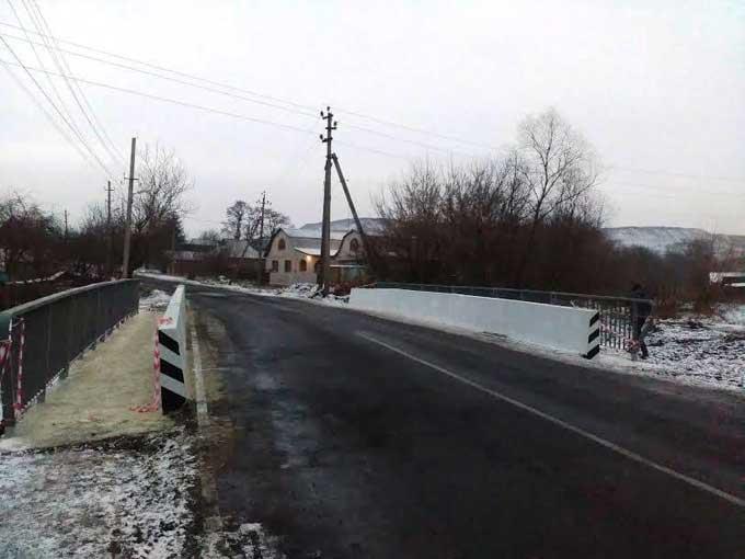В Доброполье отремонтировали мост на Краматорск