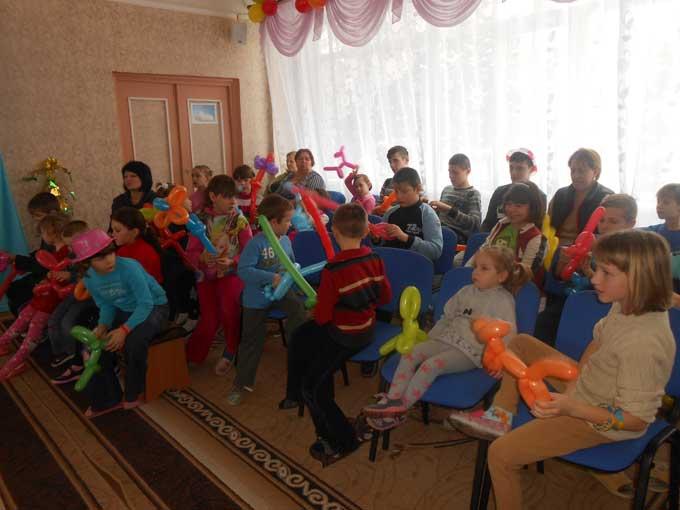 В центрах психологической реабилитации детей Донецкой области прошли празднования Дня Святого Николая