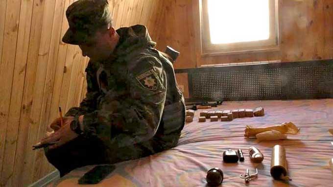В Курахово задержали пять человек, подозреваемых в связях с боевиками