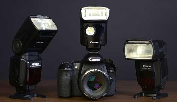 как выбрать вспышку на фотоаппарат бутерброднице можно