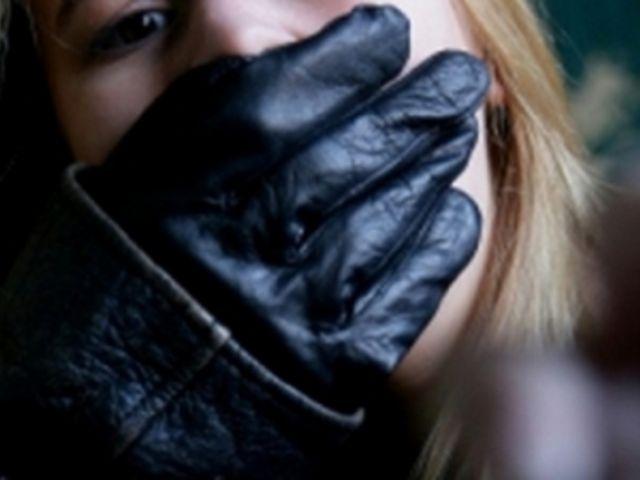 В Мариуполе взяли под стражу мужчину по подозрению в изнасиловании 14-летнего ребенка