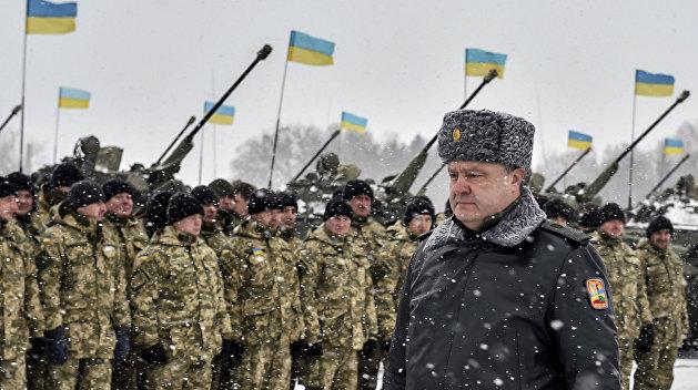 Шоколадный Акела промахнулся: Почему Порошенко ввел военное положение два раза