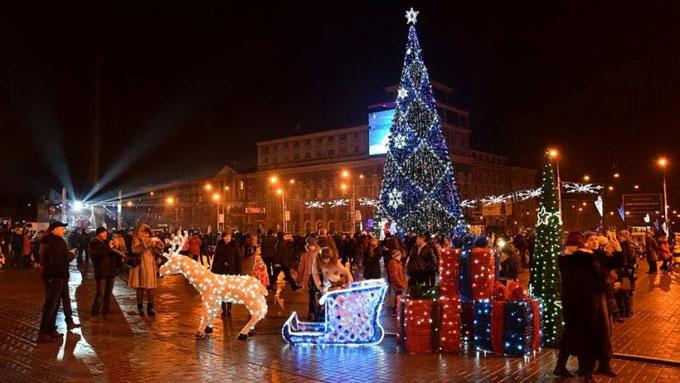 Стала известна программа новогодних мероприятий в Донецке