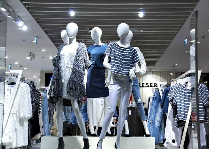 391c061926f3c В случае если Вы занимаетесь продажей одежды сток либо намереваетесь начать  такой бизнес, одной из главных задач для достижения успеха в этом является  поиск ...