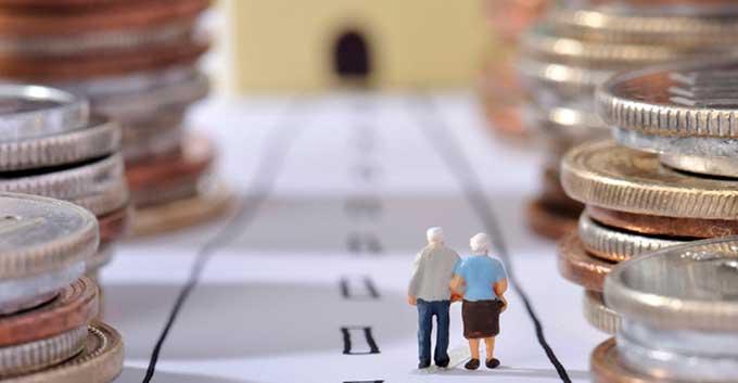 Стало известно, кому в Украине увеличат минимальный размер пенсий