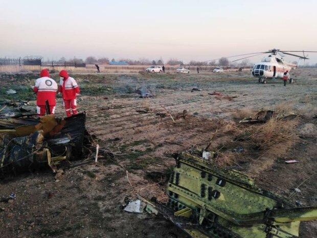 Боинг с украинцами рухнул под Тегераном: 176 погибших