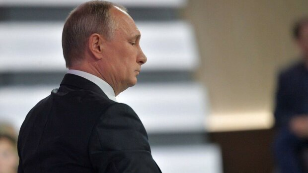 Путин задумал повторить Майдан 2014 при помощи Зеленского