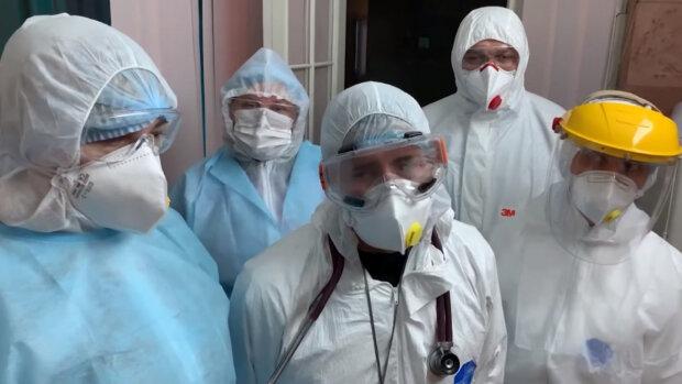 Пандемия набирает обороты, медики объявили новые симптомы вируса: полный официальный список
