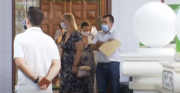 Украинцев отрезвят новым ужесточением карантина, в Кабмине уже предупредили