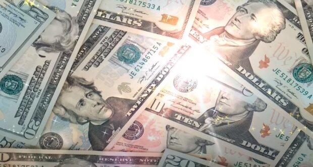 Вот они счастливчики: этим знакам зодиака деньги свалятся на голову в сентябре