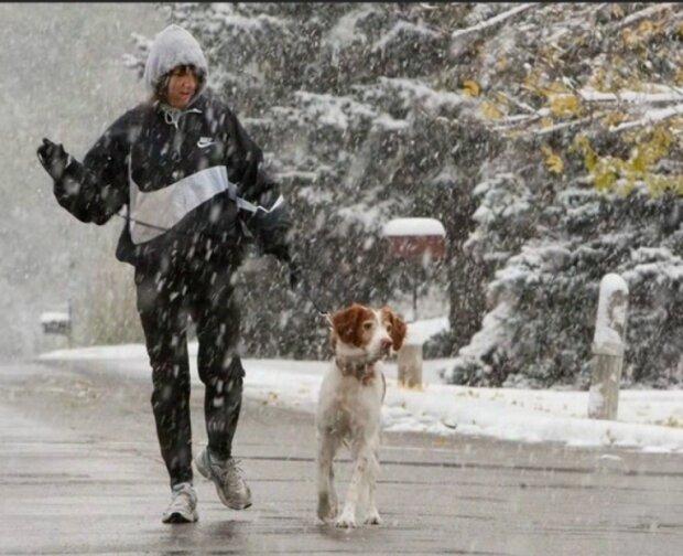 Первый снег: синоптики рассказали, когда украинцам можно доставать сани и коньки