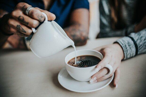 Начинаем утро правильно: врачи назвали лучшие для здоровья утренние напитки
