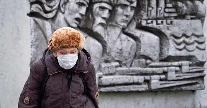 Сокращение пенсий в полтора раза: украинцам сообщили об экономическом коллапсе