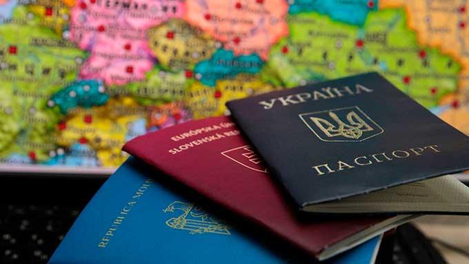 Двойное гражданство в Украине: ситуация разъясняется