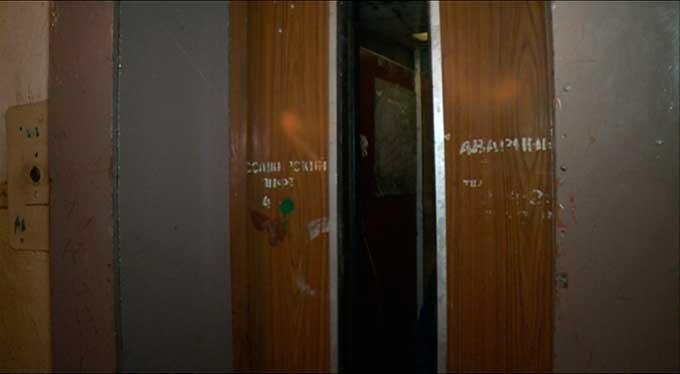 В Макеевке в многоэтажных домах лифты в выходные дни работать не будут