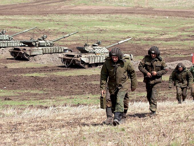Апрель на Донбасском фронте: прогноз экспертов