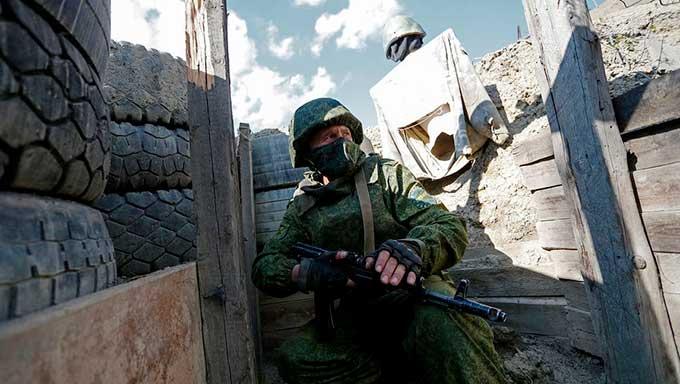В ЛНР и ДНР опять готовятся к войне – праздники закончились