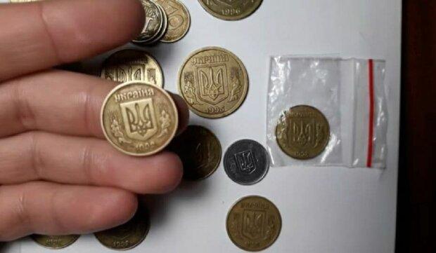 """Украинцам показали """"особую"""" монетку, за которую дают гору денег"""