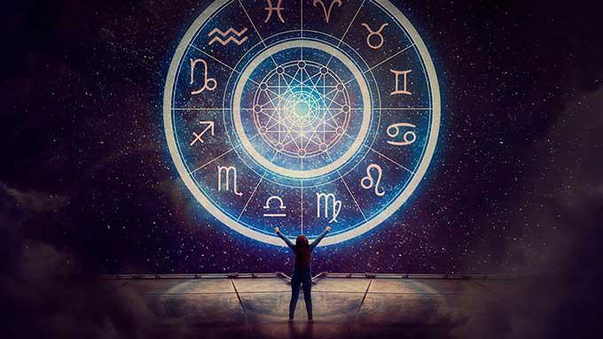 Тельцов ждет судьбоносное решение, Раков - работа, а Рыбам лучше отдохнуть: гороскоп на 25 мая для всех знаков зодиака