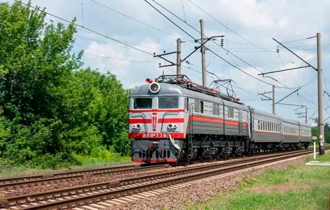 Новое «достижение» ДЖД – электричка на 40 км