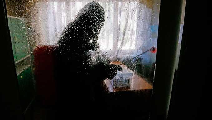 В ДНР уже два дня не проводят исследования на заболевание COVID-19