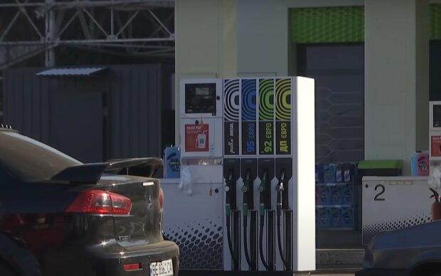 Идет подорожание топлива на АЗС. Некоторые виды бензина будут в дефиците
