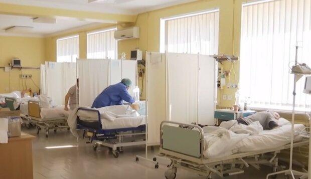 """Врачи предупредили о симптомах нового """"индийского"""" коронавируса, особенно у молодых"""