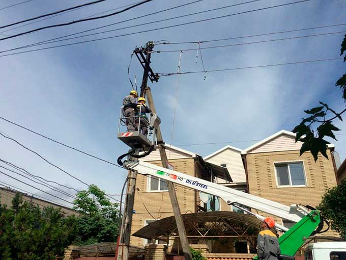 За сутки ДТЭК Донецкие электросети восстановил электроснабжение 30 населенных пунктов