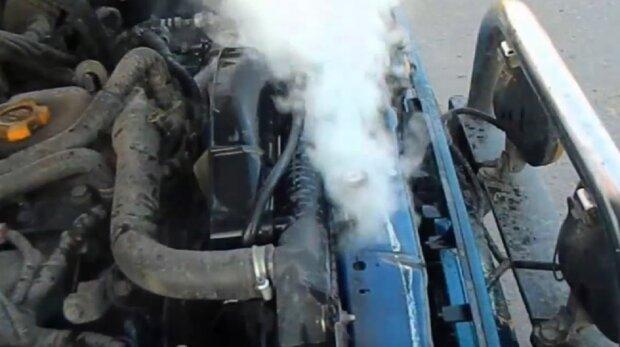 Как избежать перегрева двигателя автомобиля в жаркую погоду: эксперты дали эффективные советы