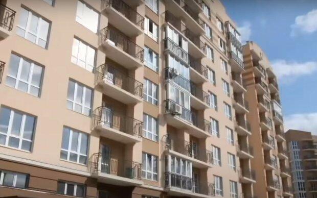 Украинцам, живущим на первых этажах, усложнили жизнь. Новые правила