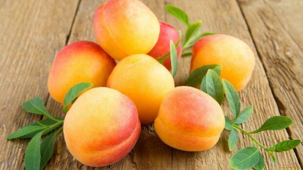 Защищает и очищает: назван самый полезный для печени фрукт