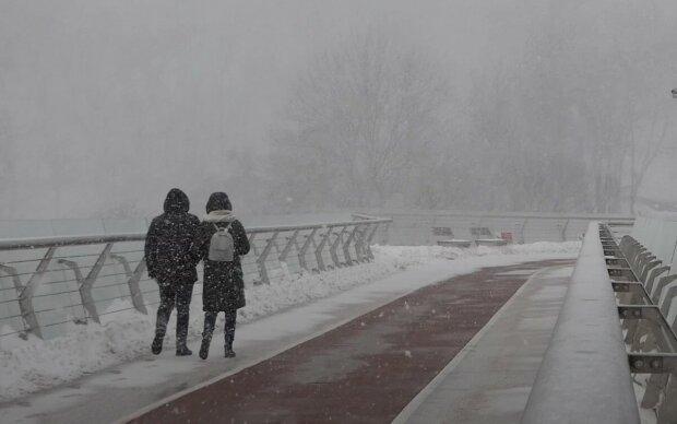 Ледяные дожди и экстремальные морозы: народный синоптик встревожил прогнозом на зиму в Украине