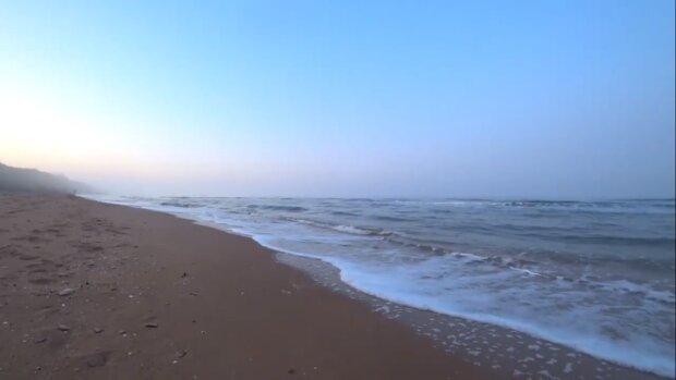 Ни медуз, ни насекомых, ни водорослей: в Украине нашли самый чистый пляж на Черном море