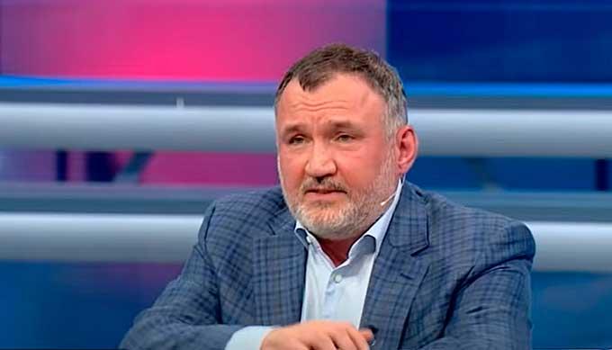 Кузьмин: Медведчук – единственный политик, у которого есть реальный план спасения страны