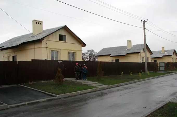 Новый «проект века» в Донецке – дома из золы