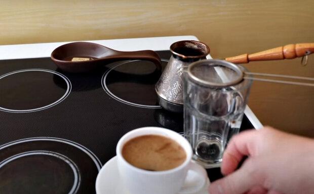Укрепит иммунитет и защитит от старения: названа самая полезная добавка к кофе, которая стоит копейки