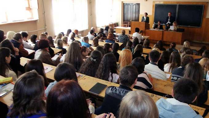 Образование в ДНР: что происходит?