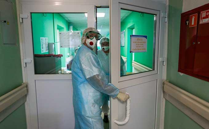 Резкий рост заражений COVID-19 в Украине: число инфицированных за сутки подскочило до более 2 тысяч